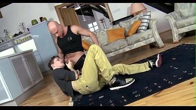 Taming a horny homo wang