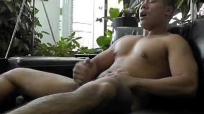 Asian chubby guy jerk off